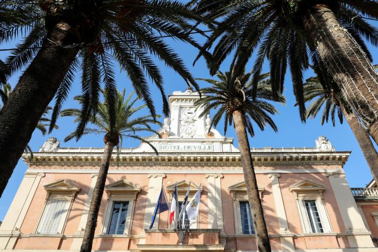 L'hôtel de ville d'Ajaccio