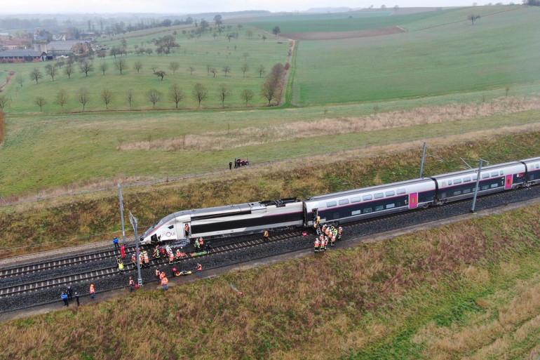 Le déraillement du TGV Strasbourg-Paris, survenu le 5 mars 2020, vu du ciel