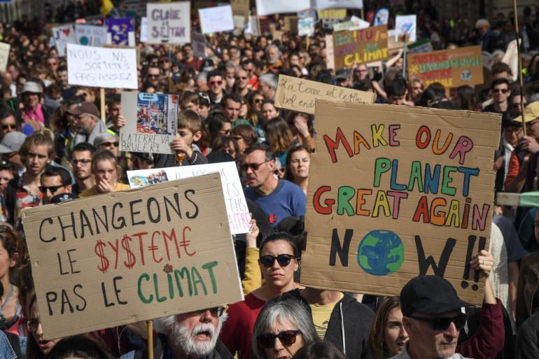 """""""La Marche du siècle"""", c'est une marée intergénérationnelle qui a défilé samedi 16 mars 2019 pour le climat"""