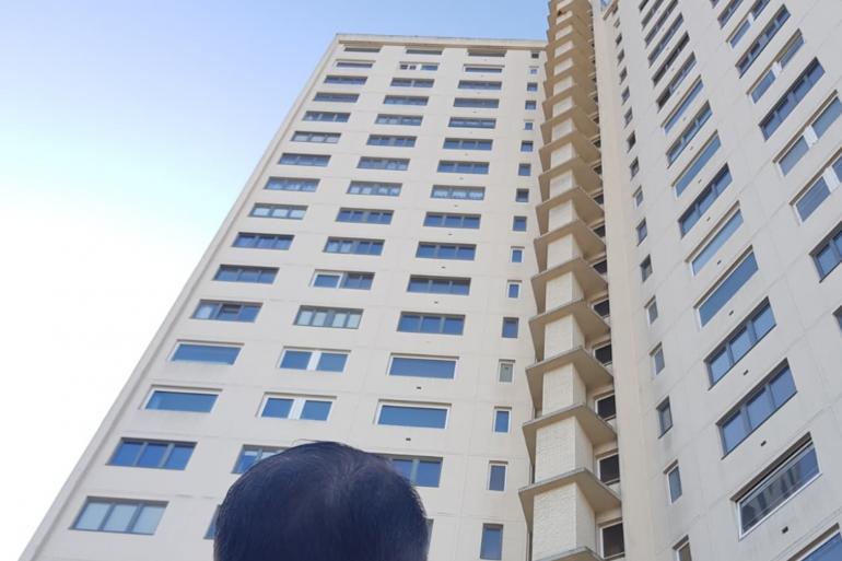 L'immeuble faisait 22 étages.