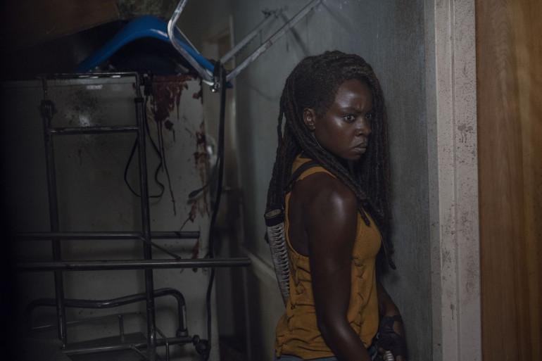 """Michonne (Danai Gurira) dans l'épisode 13 de """"The Walking Dead"""""""