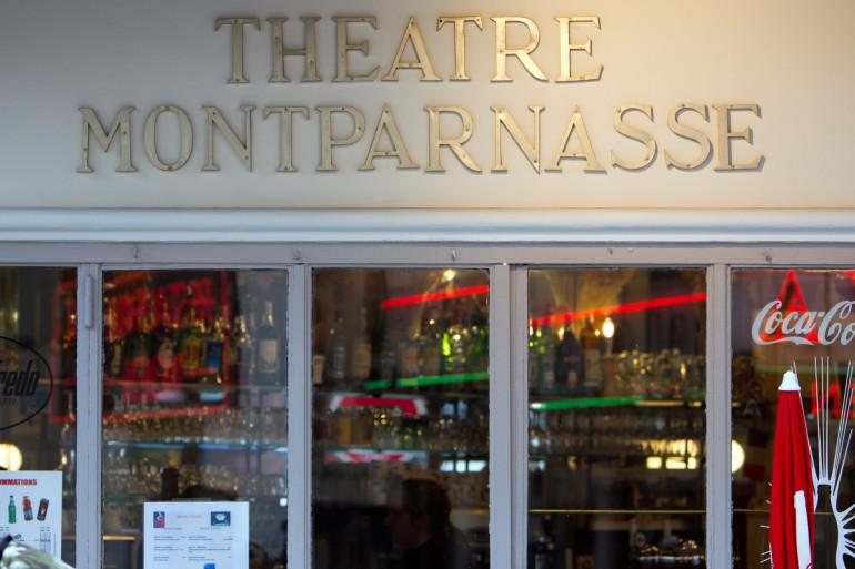 L'entrée du théâtre Montparnasse à Paris.