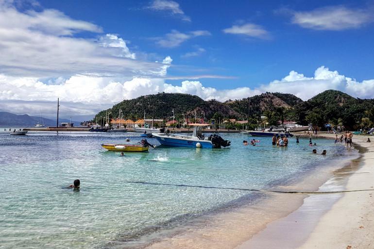 La plage de Terre-de-Haut en Guadeloupe