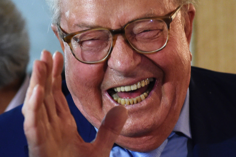 Jean-Marie Le Pen veut présenter des candidats pour les élections législatives de 2017.