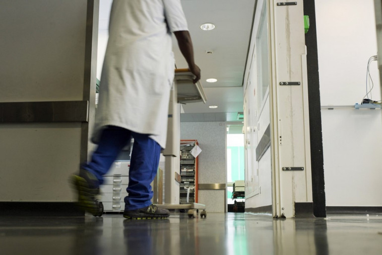"""Coronavirus : """"On appréhende ce weekend"""", dit le chef des urgences de Bondy."""