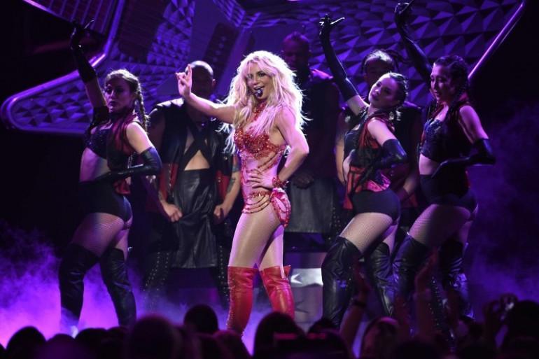 """Britney Spears sort son nouvel album, """"Glory"""", le 26 août"""