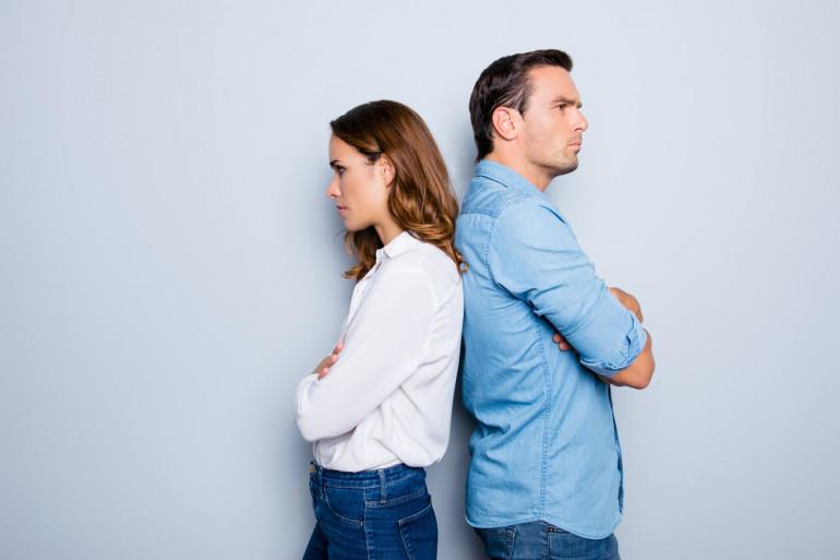 Un couple fâché (illustration)
