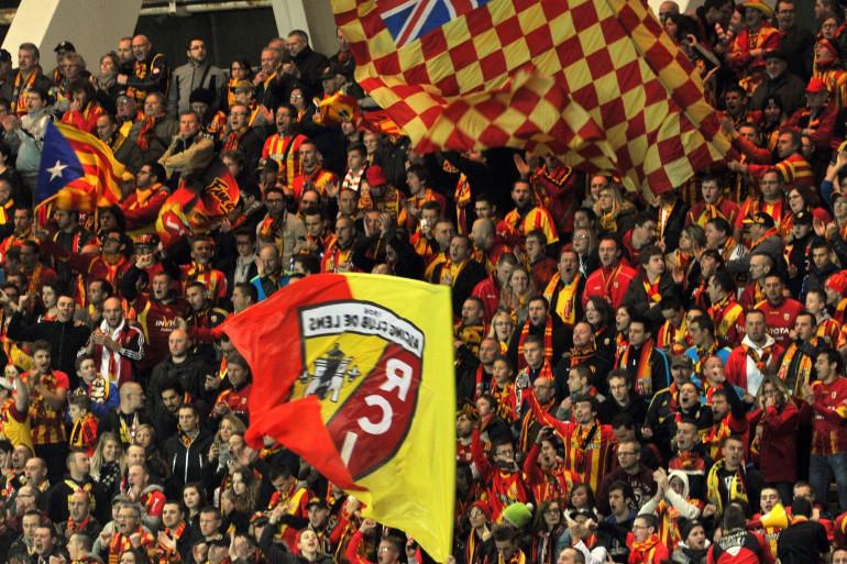Des supporters du RC Lens à Amiens le 8 novembre 2014