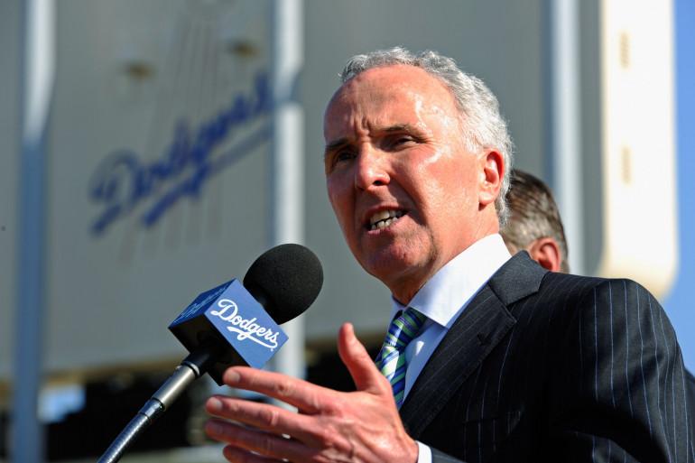 Franck McCourt lorsqu'il était président des Los Angeles Dodgers