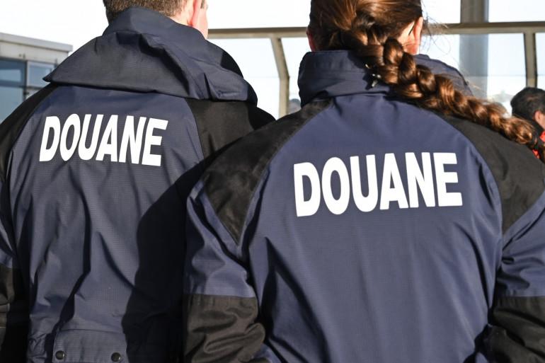 Douaniers français (illustration)