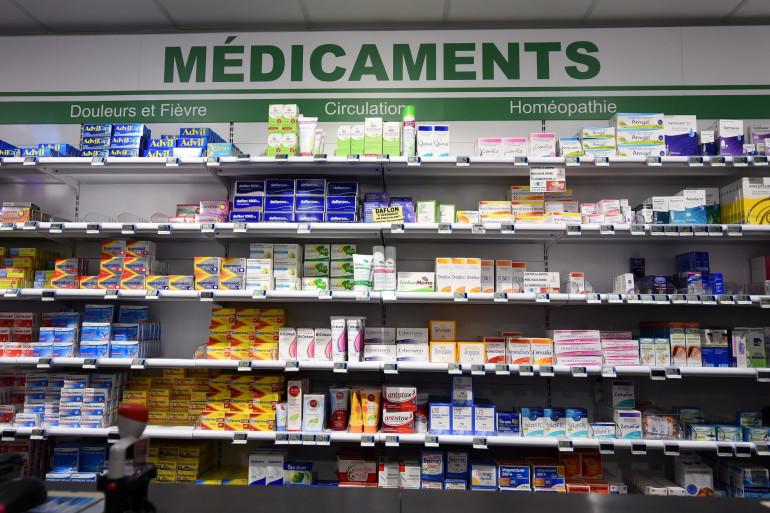 Des médicaments dans une pharmacie (Illustration).
