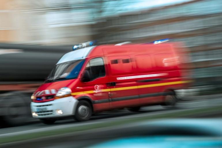 Un camion de pompiers se rend sur une intervention (illustration).