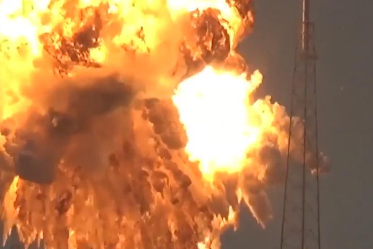 SpaceX explose avant son lancement