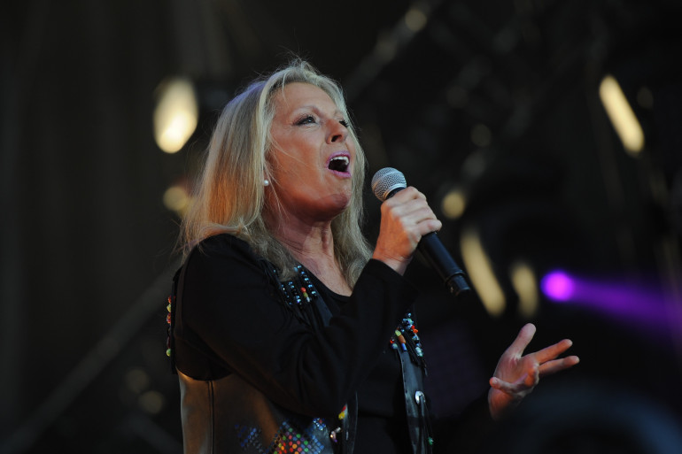 """Véronique Sanson sortira son 15e album """"Dignes, dingues, donc..."""" le 4 novembre"""