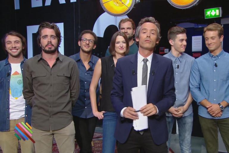 Yann Barthes et son équipe dans Quotidien pour la première