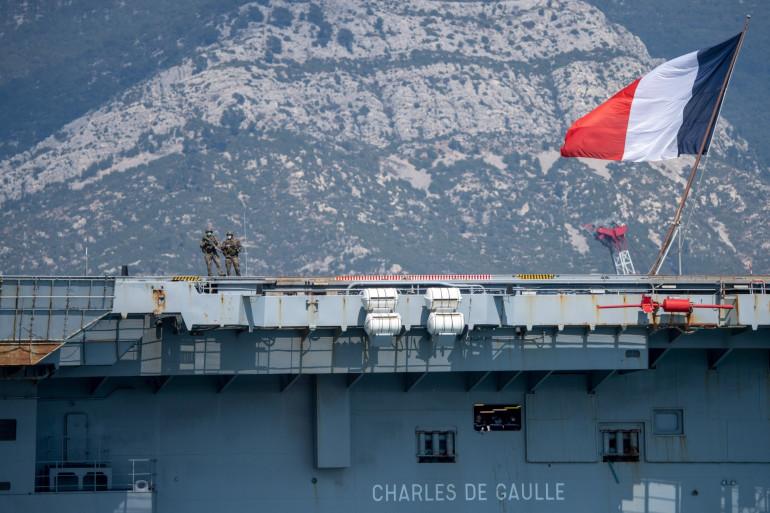 Non, les marins du Charles de Gaulle n'ont pas été soignés du coronavirus à la chloroquine