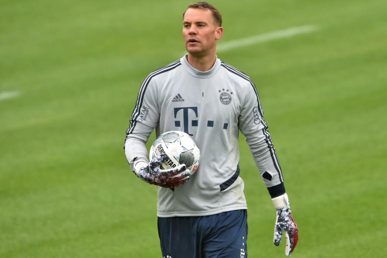 Le gardien du Bayern Munich Manuel Neuer à l'entraînement le 5 mai 2020