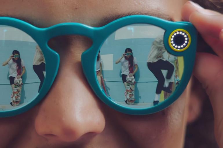 Snapchat lance ses lunettes connectées Spectacles