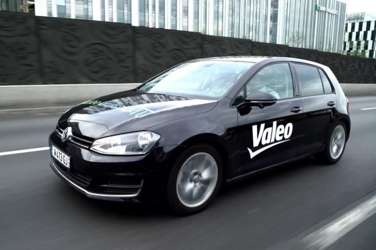 À bord de la voiture autonome Valeo