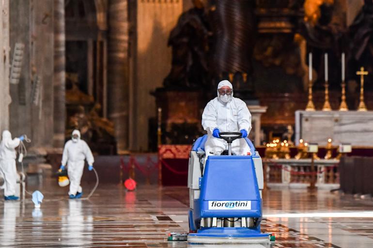 Désinfectée, la basilique Saint-Pierre de Rome va rouvrir ce lundi 18 mai
