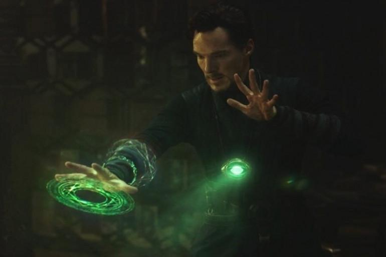 L'Oeil d'Agamotto en action sur Doctor Strange