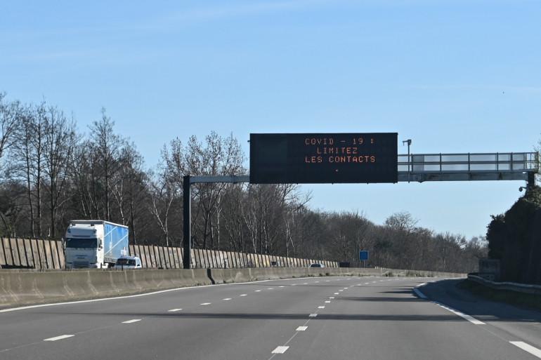 Une autoroute près de Lille, le 18 mars 2020.