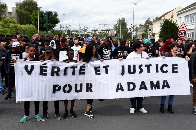 En juillet 2017, un millier de personnes avaient déjà marché en mémoire d'Adama Traoré.