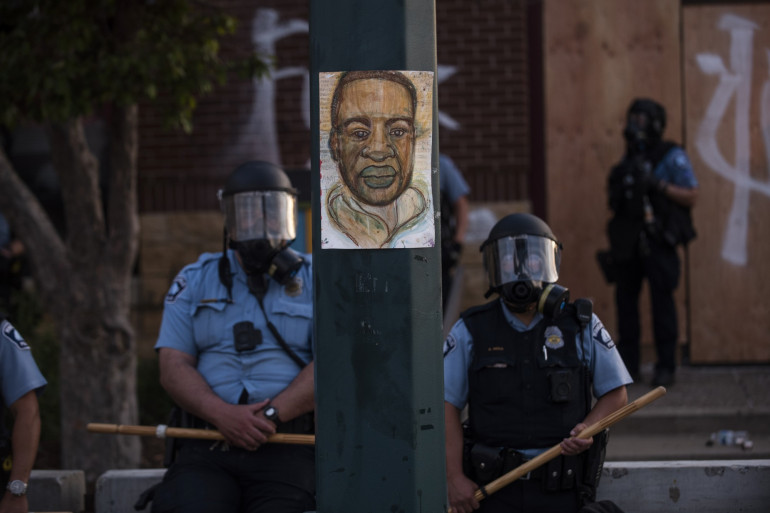 La mort de George Floyd a suscité l'indignation aux États-Unis