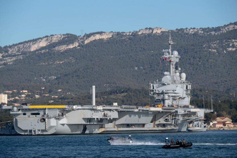 Le porte-avions Charles de Gaulle à Toulon, en 2019
