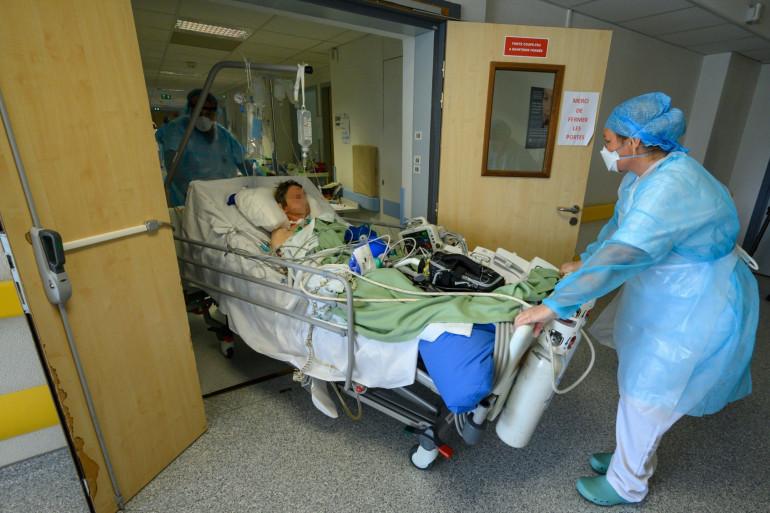 Un patient en service de réanimation, pendant la crise sanitaire (illustration)