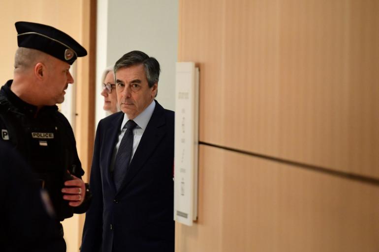 Les époux Fillon au premier jour de leur procès, mercredi 26 février 2020 à Paris.