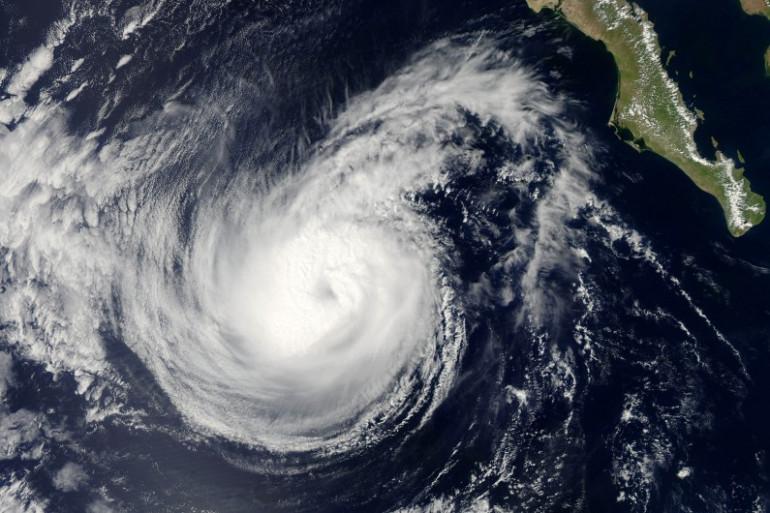L'ouragan Simon près de la Basse-Californie (illustration)