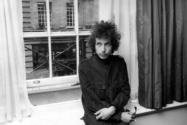 Bob Dylan est considéré comme le plus grand poète folk de la musique américaine
