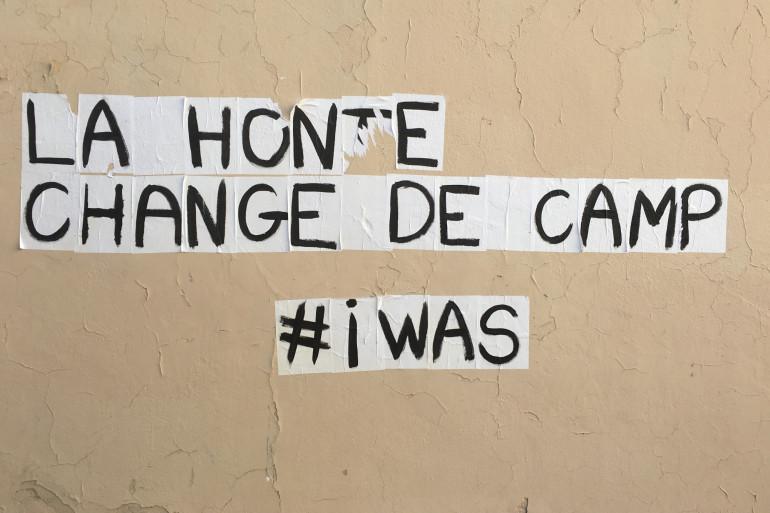 Un collage contre les violences sexuelles en Corse