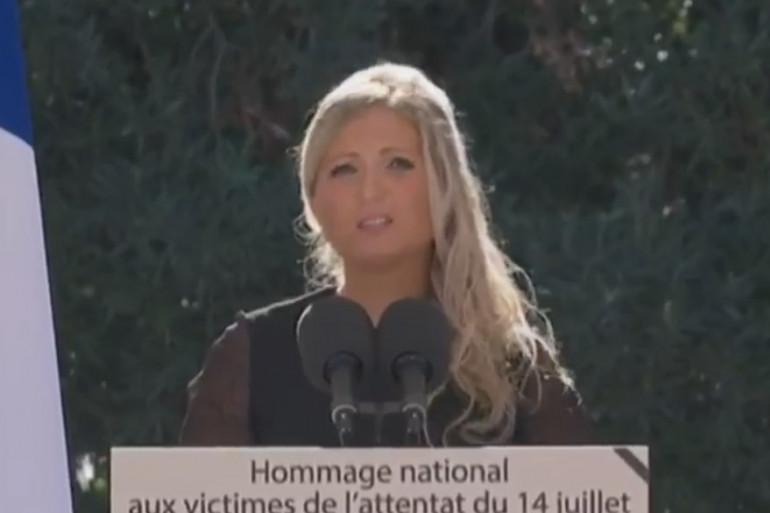 Cindy Pellegrini lors de l'hommage aux victimes de l'attentat du 14 juillet à Nice