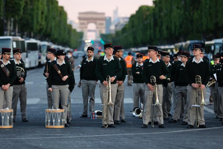 La fanfare militaire lors des répétition du 14 juillet sur les Champs-Élysées