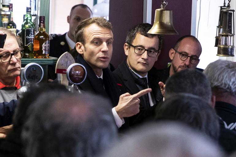 Emmanuel Macron et Gérald Darmanin le 9 novembre 2018 à Lens.