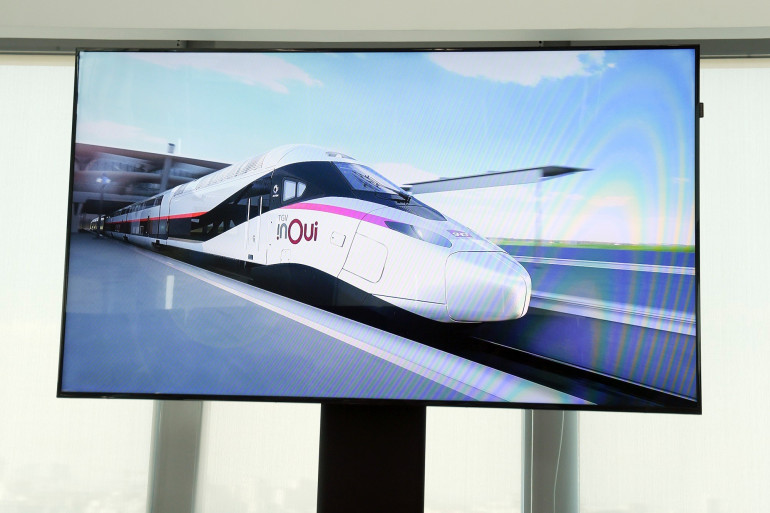 """Le """"TGV du futur"""" présenté lors d'une conférence de presse de 2018."""