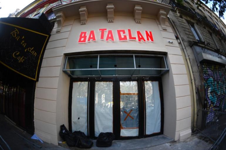 La nouvelle façade du Bataclan, dévoilée le 27 octobre 2016
