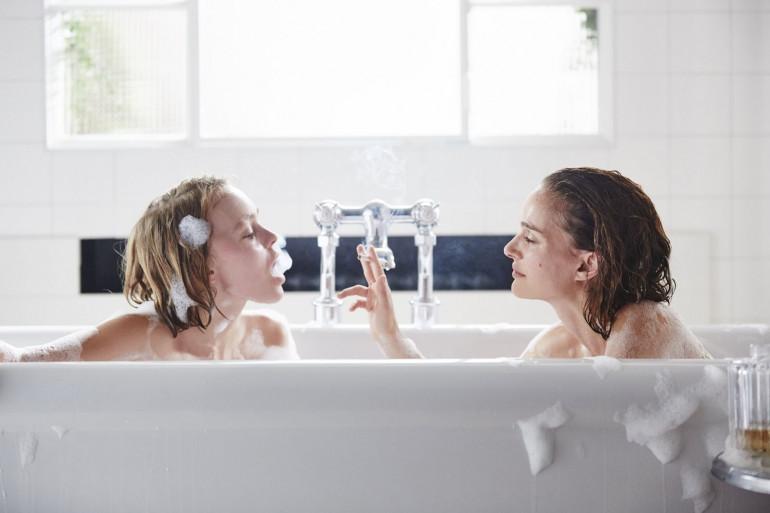 """Natalie Portman et Lily-Rose Depp dans """"Planétarium"""", en salle le 16 novembre"""