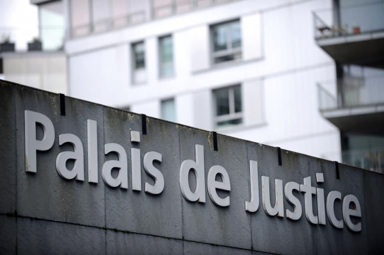 La façade d'un tribunal de justice, photographiée le 28 mars 2014 (image d'illustration)