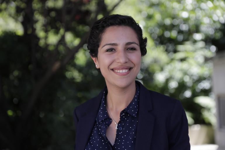 Sarah EL HAIRY, secrétaire d'État chargée de la Jeunesse et de l'Engagement (MoDem, ex-UMP). Élue à Nantes depuis 2020 et députée depuis 2017, Sarah El Haïry a travaillé dans l'économie sociale et solidaire.