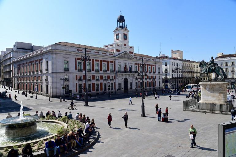 La place de la Puerta del Sol, à Madrid, en mars 2020