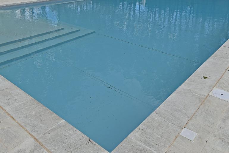 Une piscine (illustration).