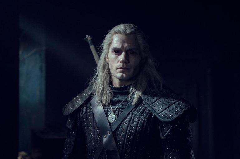 """Henry Cavill incarne le sorceleur Geralt de Riv dans la série """"The Witcher"""""""