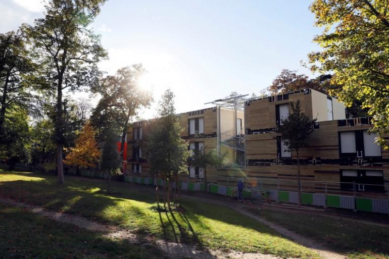 Le centre d'hébergement des sans-abris dans le XVIe arrondissement de Paris