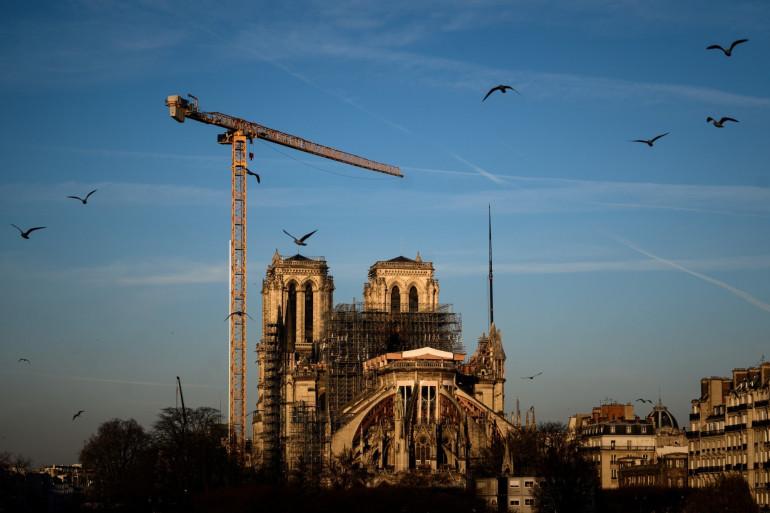 Les travaux de la cathédrale Notre-Dame de Paris (illustration)