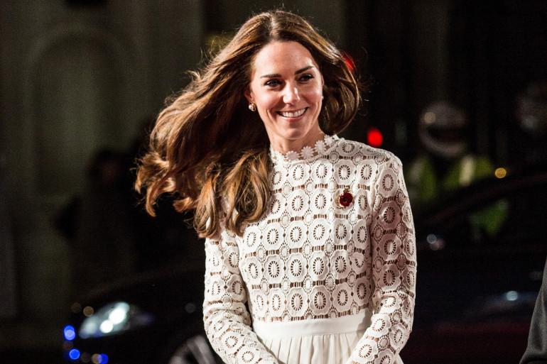 """Kate Middleton à l'avant-première de """"A street cat named Bob"""" à Londres le 3 novembre 2016"""