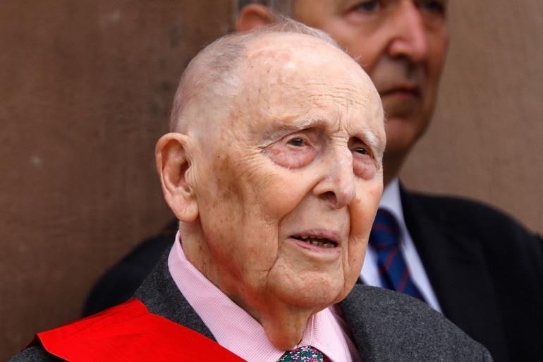 Daniel Cordier, secrétaire de Jean Moulin, au Mont Valerien, le 18 juin 2018