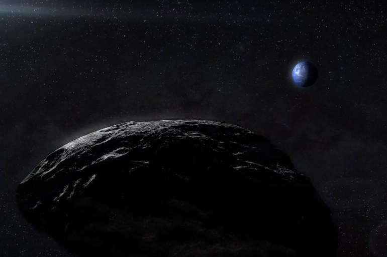 Un astéroïde avec la Terre en arrière-plan
